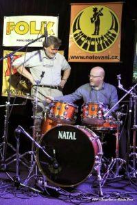 Zvukaři u bicích